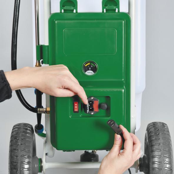 Pulv risateur lectrique sur roues 50 litres gazoneo - Pulverisateur de jardin electrique ...