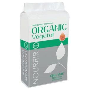 Amendement organique végétal gazon avec stimulateur de croissance racinaire.